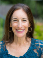 Joanne is one of your first points of contact for the b'nai mitzvah experience and will serve as your liaison to the clergy. She schedules, b'nai mitzvah dates, lessons, and meetings.